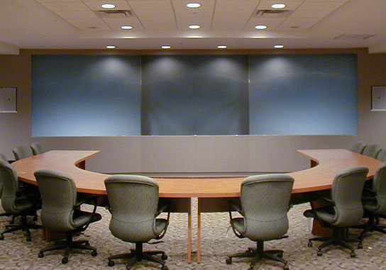 -meeting-room-curved-table